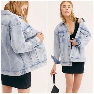 Levi's Woman's Baggy Trucker Jacket